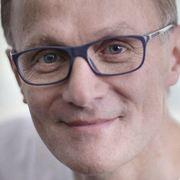Dr Stephan Bessler